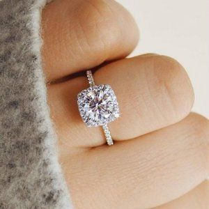 *NEW 925 Silver Diamond Halo Engagement Ring C